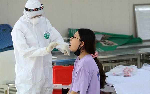 Hà Nội: Yêu cầu người dân nghiêm túc tự cách ly và xét nghiệm PCR