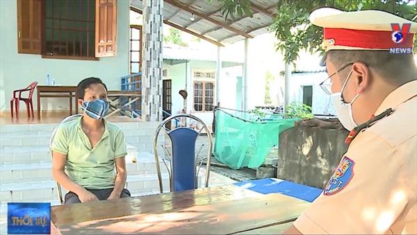 Phát hiện dịch vụ 'xe ké' đưa người từ vùng dịch về trốn cách ly