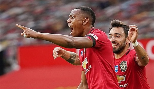 Martial cùng Quỷ đỏ đi vào lịch sử giải Ngoại hạng Anh