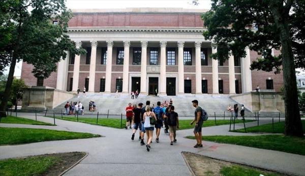 Chính phủ Mỹ bị kiện về sắc lệnh tước thị thực của du học sinh
