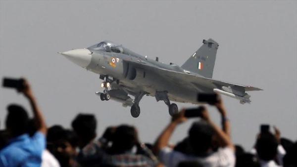 Ấn Độ thay đổi chính sách mua sắm thiết bị quốc phòng
