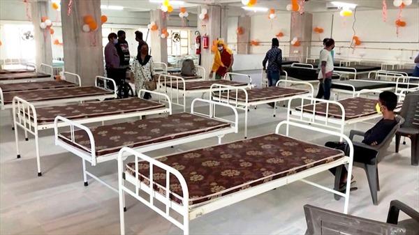 Đền thờ Ấn Độ trở thành bệnh viện dã chiến điều trị bệnh nhân COVID-19