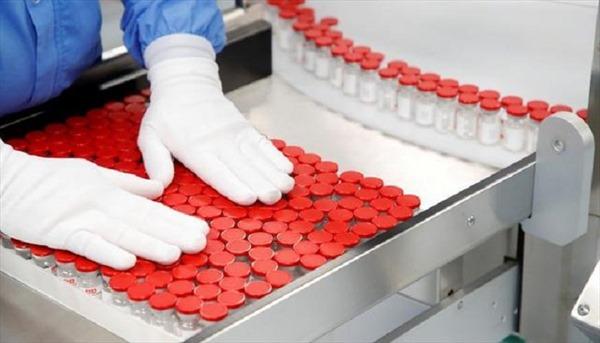 Bên trong cơ sở sản xuất hàng triệu liều vaccine Sputnik V một tháng của Nga