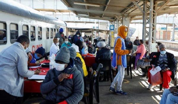 'Con tàu hy vọng' đem dịch vụ y tế đến cho dân nghèo Nam Phi