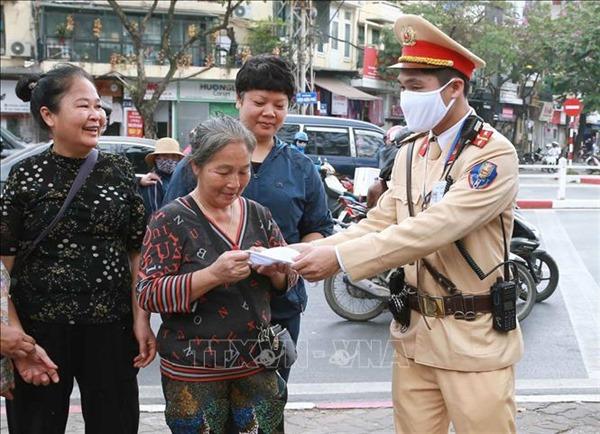 Hình ảnh người chiến sỹ Công an nhân dân qua những bức thư của người dân