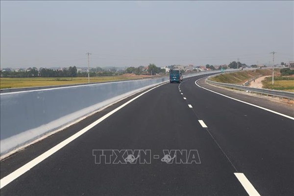 Ngày 30/9, đồng loạt khởi công 3 dự án cao tốc Bắc - Nam