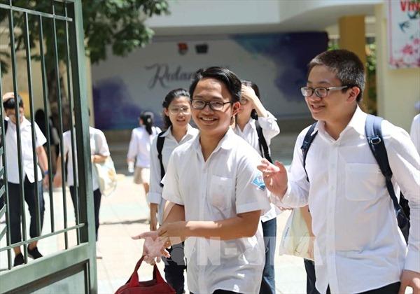 Thí sinh trái tuyến có phải chuyển hộ khẩu để thi vào lớp 10 tại Hà Nội?