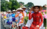 Hiến kế để đưa áo dài thành sản phẩm du lịch