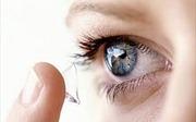 Cảnh báo nguy cơ gây mù từ kính áp tròng không rõ nguồn gốc