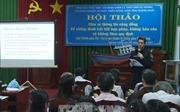Chia sẻ thông tin với ngư dân Quảng Ngãi về chống đánh bắt bất hợp pháp