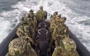 Đặc nhiệm Nga được tàu ngầm yểm trợ, đột kích tàu cướp biển ngoài khơi Syria