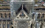 Làm thế nào để tái thiết một kiệt tác Gothic như Nhà thờ Đức Bà