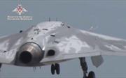 Xem tàng hình cơ không người lái hạng nặng của Nga lần đầu xé gió trên không