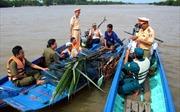 Cà Mau: Tiếp tục giải toả chướng ngại vật trên sông