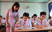 Cô giáo người Nùng vận động học sinh bỏ học trở lại trường ở vùng biên