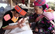 Bảo tồn giá trị văn hóa truyền thống  trang phục của đồng bào Mông