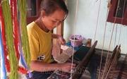 Độc đáo nghề dệt thổ cẩm ở xã biên giới Pa Thơm, Điện Biên