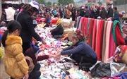 Độc đáo chợ phiên vùng cao ngày Tết
