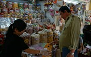 Kiểm tra chặt an toàn thực phẩm, nỗ lực 'xóa sổ' mứt Tết không đạt chất lượng