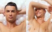 Ronaldo khoe body đẹp ngỡ ngàng, tuyên bố: 'Tôi là đứa trẻ to xác'