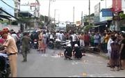 Va chạm giữa xe máy và xe chở rác khiến hai thanh niên chết thảm