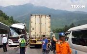 Xe chở du khách Hàn Quốc bị tai nạn tại Đà Nẵng