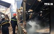 Cháy xưởng gỗ ở Hà Nội