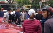 Ô tô tông nhiều xe máy dừng đèn đỏ tại Đà Nẵng