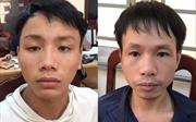 Bắt 2 cổ động viên bắn pháo sáng và đánh cảnh sát trên sân Hàng Đẫy