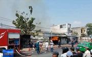 Cháy xưởng gỗ gây thiệt hại nhiều tỷ đồng