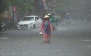Thời tiết ngày 17/10: Trung Bộ mưa dông, cảnh báo lũ quét, sạt lở đất và ngập úng