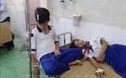 Súc miệng dung dịch Fluor ngừa sâu răng, hàng chục học sinh ở Cà Mau nhập viện