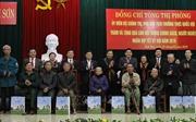Phó Chủ tịch Quốc hội Tòng Thị Phóng chúc Tết các gia đình chính sách Nghệ An