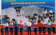 Triển lãm ảnh 'Bác Hồ với nhân dân các dân tộc Tây Bắc'