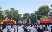 Trên 500 đoàn viên Thủ đô tham gia đi bộ 'Thử thách 4h30 sáng'