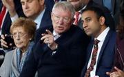 Ngài Alex Ferguson 'lo ngại' cho 'cuộc chiến' nhà Manchester United