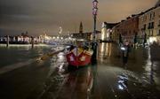Cảnh tượng thuỷ triều cao kỷ lục 50 năm nhận chìm thành Venice