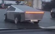 Bắt gặp 'bản sao' siêu xe Cybertruck tại Nga