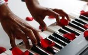 'All of me' gây bão trong mùa Valentine