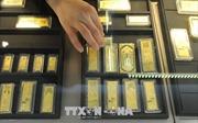 Giá vàng thế giới áp sát mức 'đỉnh' của sáu năm do căng thẳng Mỹ-Iran