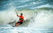 Lướt ván diều - môn thể thao cảm giác mạnh