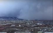 Rùng mình chứng kiến bão tuyết 'nuốt chửng' một thành phố Siberia