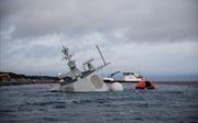 Chiến hạm Na Uy gần chìm nghỉm sau cú va chạm tàu chở dầu