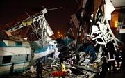Tàu cao tốc xé toạc cầu vượt Thổ Nhĩ Kỳ, 53 người thương vong
