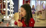 Tranh cãi xu hướng trang điểm đến trường của những bé gái Hàn Quốc