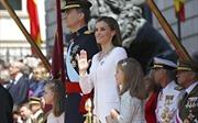 Đi thăm Argentina, Quốc vương Tây Ban Nha mắc kẹt hơn 1 giờ trên máy bay