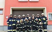 Đội cứu hỏa toàn nữ tại ngôi làng hiếm bé trai suốt 10 năm