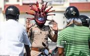 Độc lạ những cách tuyên truyền chống dịch COVID-19 của cảnh sát Ấn Độ