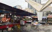 Tổ chức hội chợ liên miên, Công viên Hòa Bình bị biến thành 'chợ đầu mối'