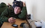 Dự luật của Nga cấm binh sĩ sử dụng điện thoại thông minh khi làm nhiệm vụ